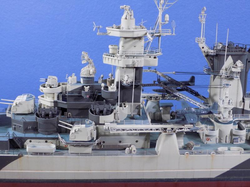 USS Alaska CB-1 de Hobby Boss 1/350ème - Page 14 Dscn1319
