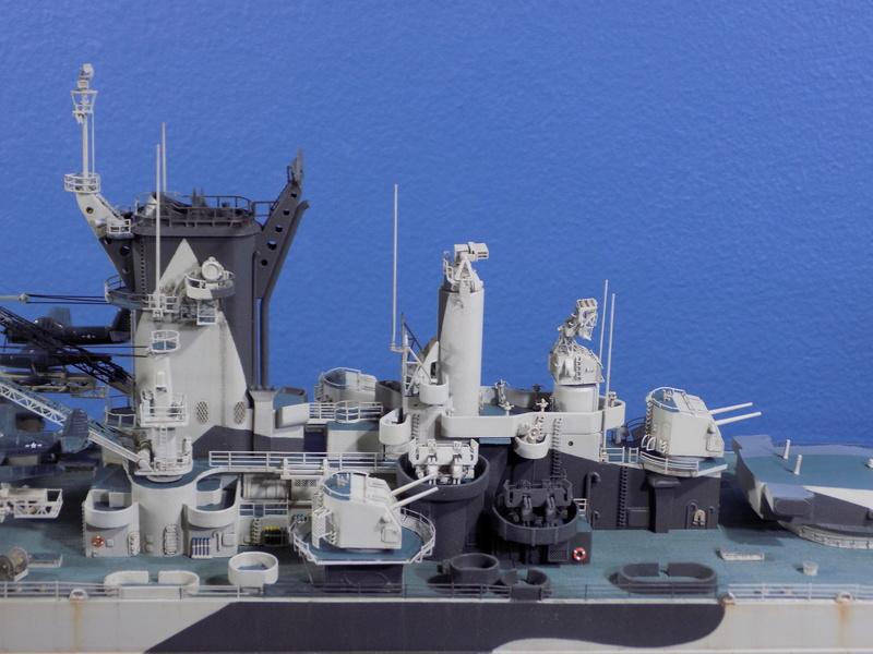 USS Alaska CB-1 de Hobby Boss 1/350ème - Page 14 Dscn1323