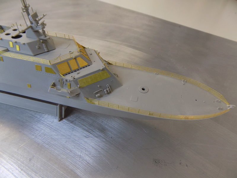 USS Fort Worth LCS-3 Trumpeter 1/350 Dscn1352