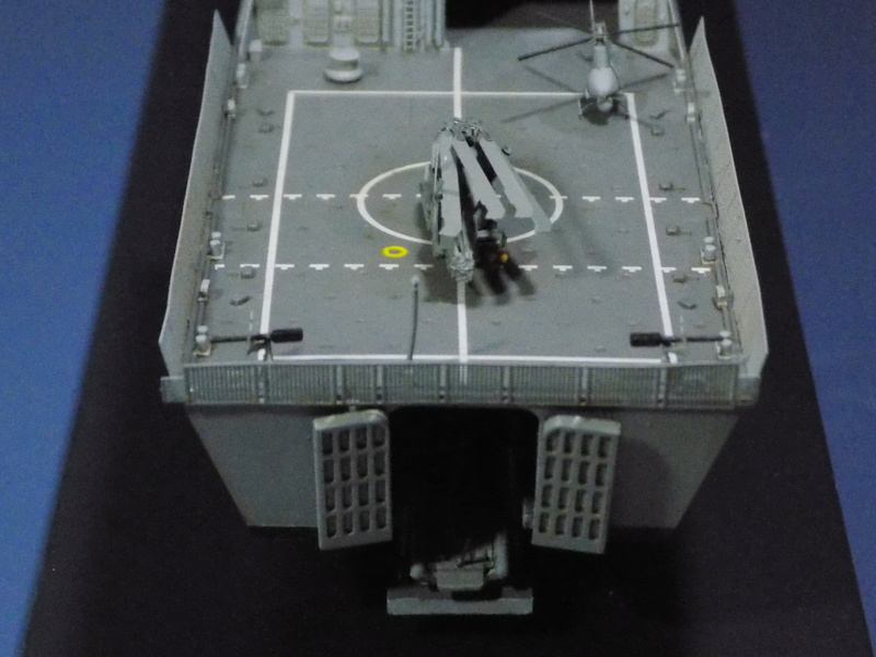 USS Fort Worth LCS-3 Trumpeter 1/350 Dscn1369