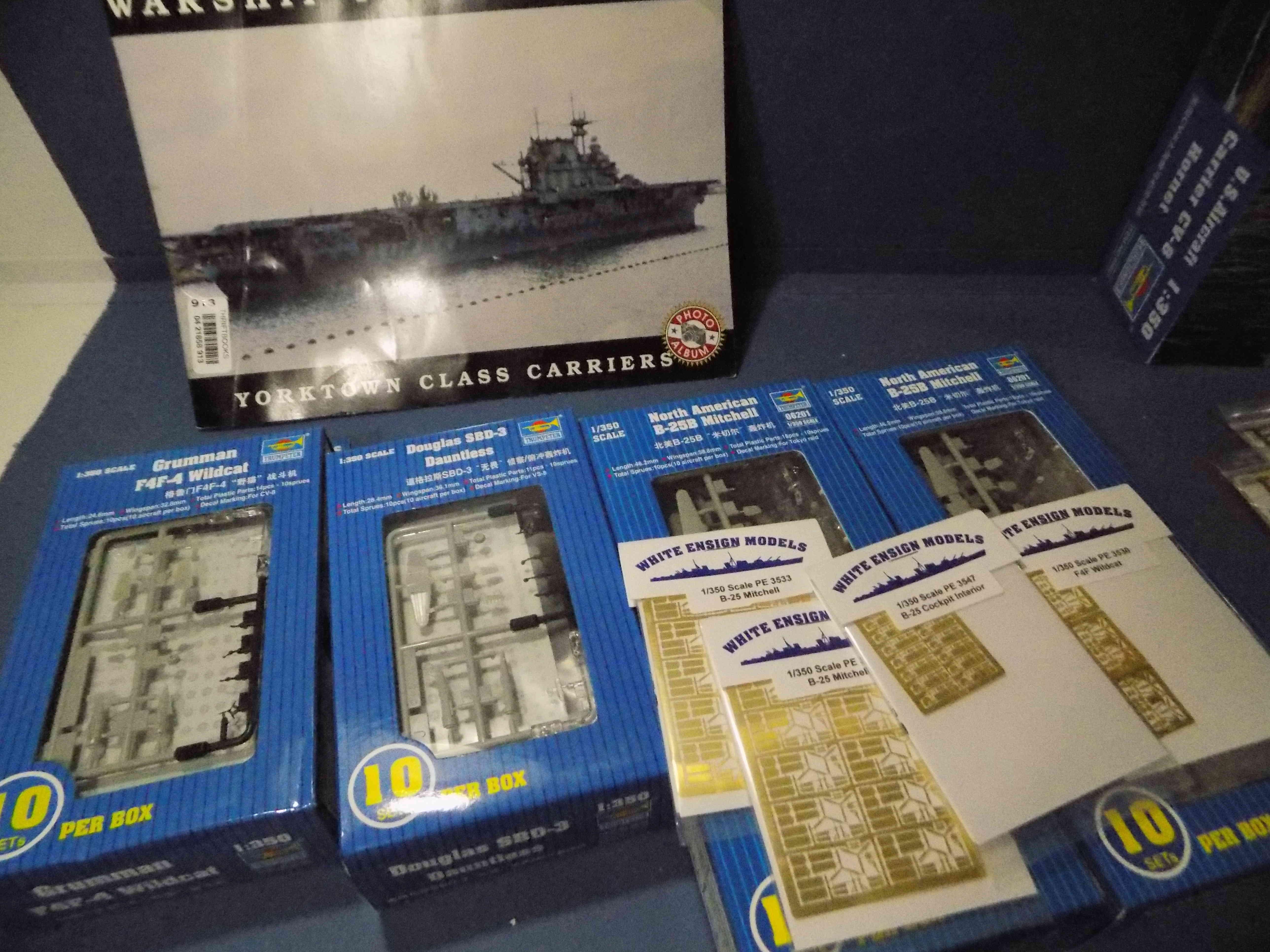 "USS HORNET CV-8 ""Raid on Tokyo"" 1/350 de Trumpeter - Page 2 Dscn1411"