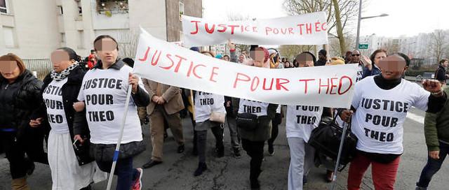 Vœux à la jeunesse - Violences policières - Affaire Théo - Page 2 Theo310
