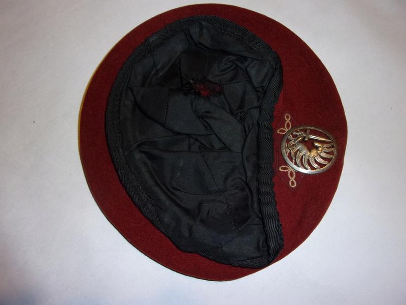 1° regiment of paratrooper hussars berets 108_0729