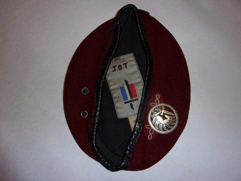 1° regiment of paratrooper hussars berets 108_0734