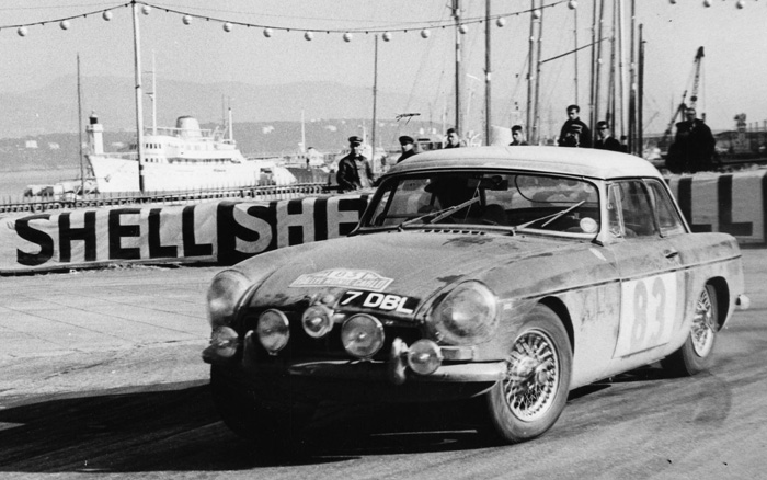 En attendant le Rallye Monte-Carlo Historique 2019 - Page 6 64_08310