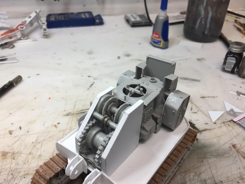 Dragon Wagon - Tamiya 1/35 - avec excavatrice scratch - Page 2 Img_6018