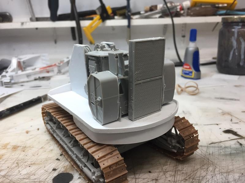 Dragon Wagon - Tamiya 1/35 - avec excavatrice scratch - Page 2 Img_6021