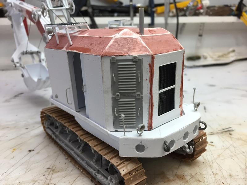 Dragon Wagon - Tamiya 1/35 - avec excavatrice scratch - Page 2 Img_6024