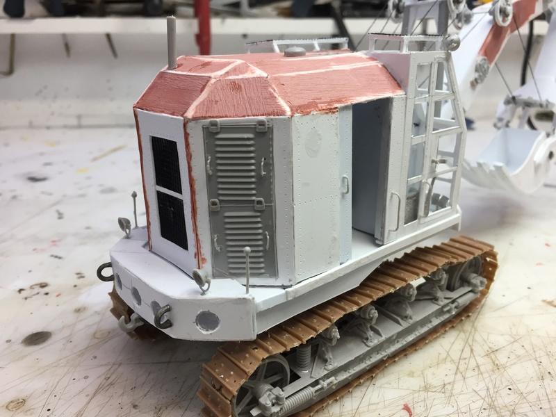 Dragon Wagon - Tamiya 1/35 - avec excavatrice scratch - Page 2 Img_6026
