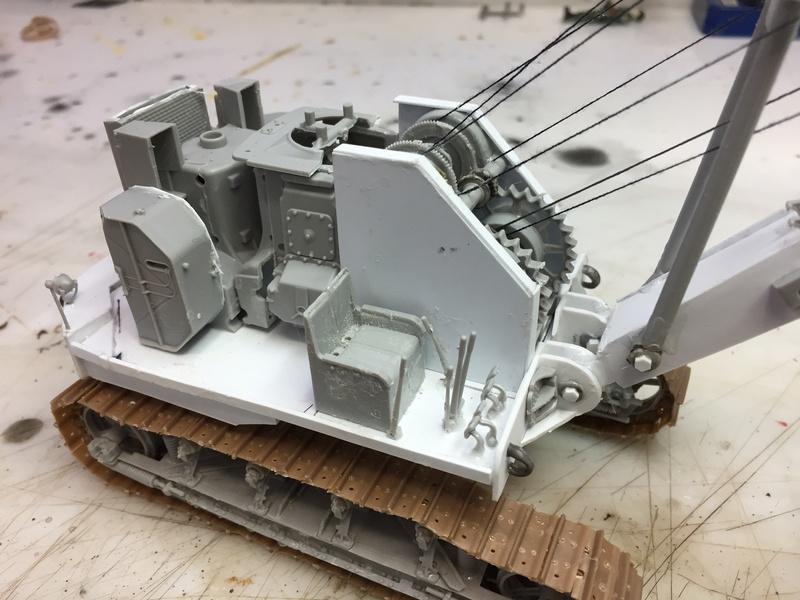 Dragon Wagon - Tamiya 1/35 - avec excavatrice scratch - Page 2 Img_6028