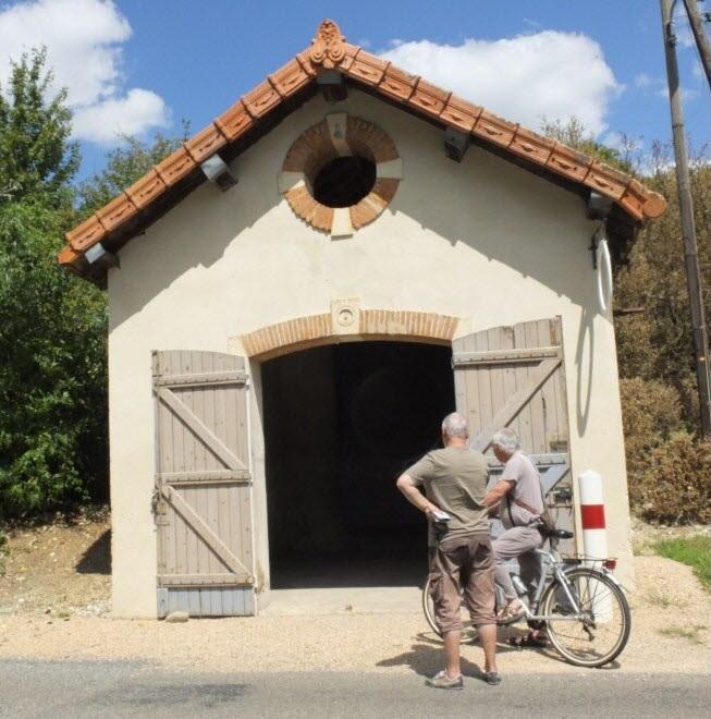 PRÉTY-UCHIZY-LACROST - PATRIMOINE EN TOURNUGEOIS Sur les traces des sapeurs-pompiers dans les bourgs du Tournugeois A-ozen10