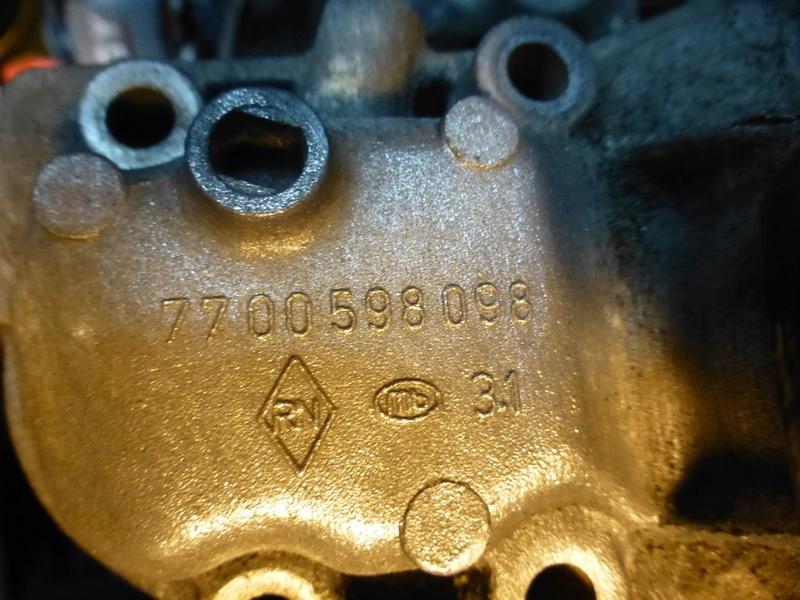 Pompe à eau moteur J8S 33_p1110