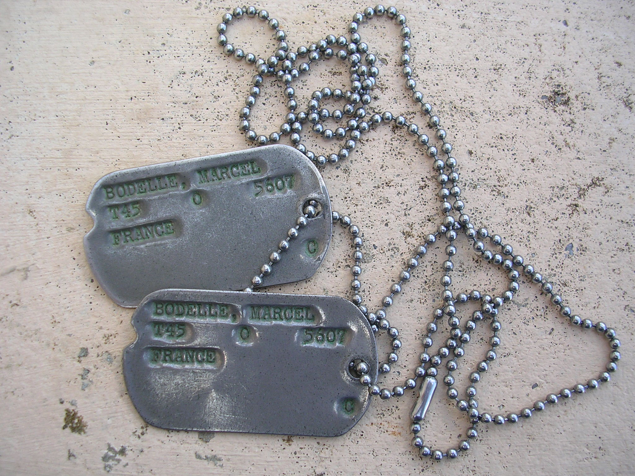 dog tag soldat français 1945 Dscn0019