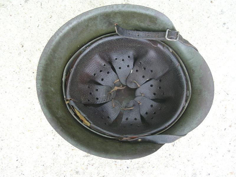 Casque m42 1 insigne Dscn5015