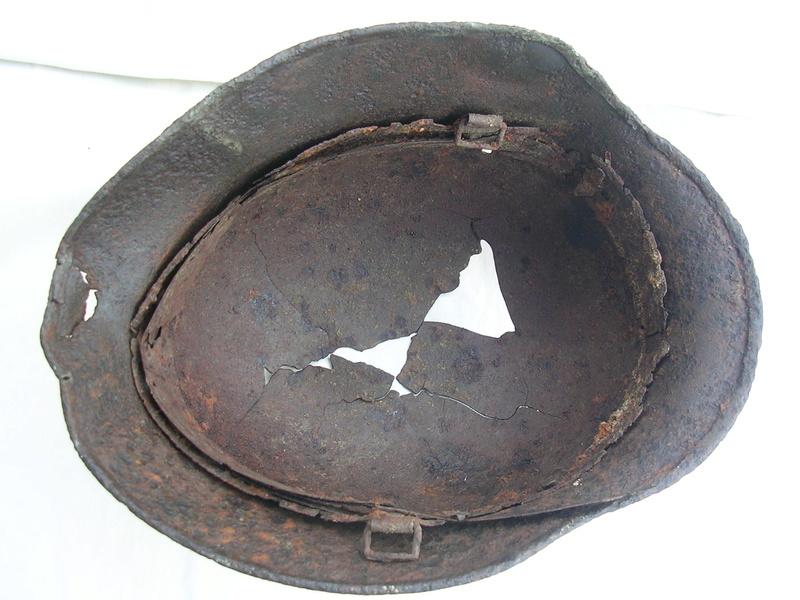 épave casque waffen de fouille Dscn7416