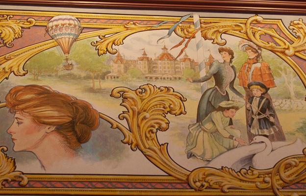 Connaissez vous bien Disneyland Paris? - Page 5 Plaza_10