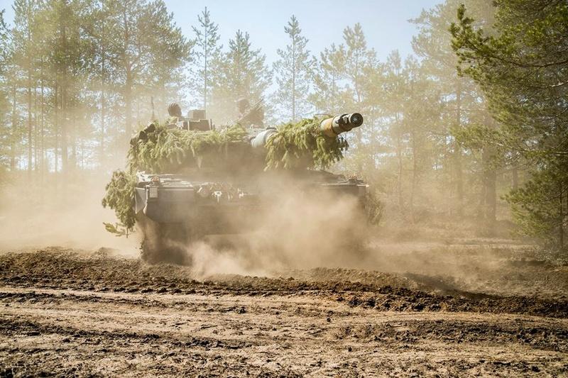 Armée Finlandaise / Finnish Defence Forces / puolustusvoimat - Page 9 1217