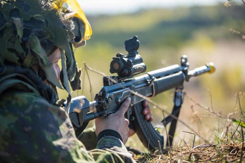 Armée Finlandaise / Finnish Defence Forces / puolustusvoimat - Page 9 1415