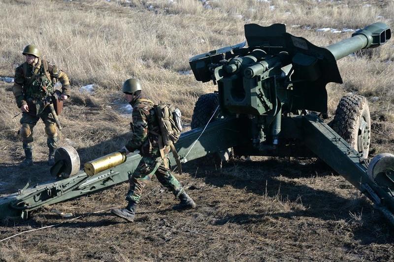 Forces armées moldaves - Page 2 20420