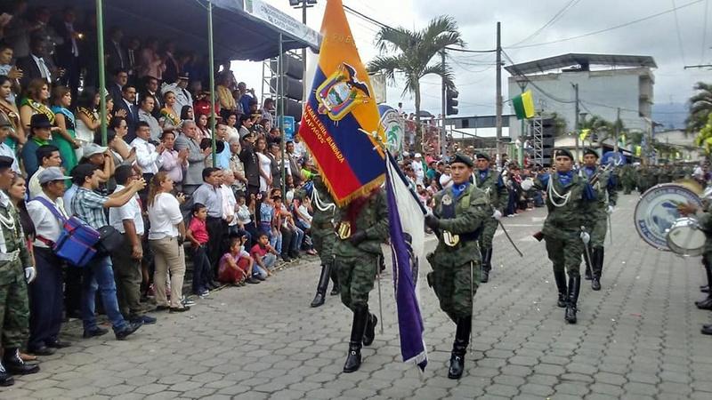 Armée Equatorienne/Fuerzas Armadas del Ecuador - Page 5 20514
