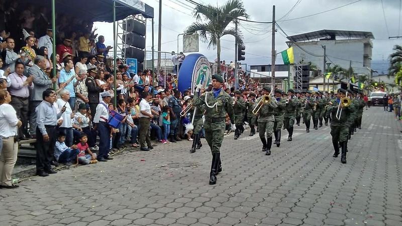 Armée Equatorienne/Fuerzas Armadas del Ecuador - Page 5 20621