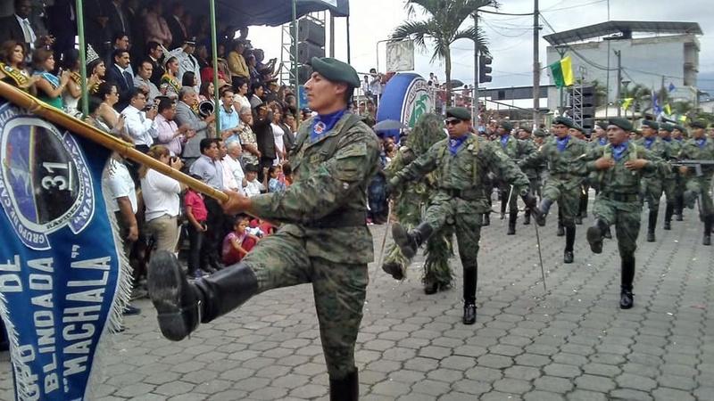 Armée Equatorienne/Fuerzas Armadas del Ecuador - Page 5 21112