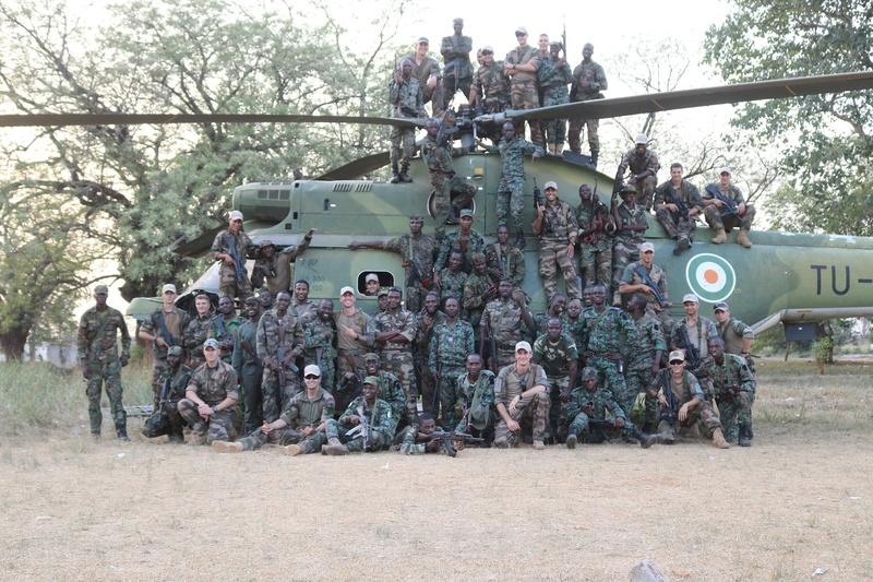 Les Forces de défense et de sécurité de Côte d'Ivoire - Page 5 21124