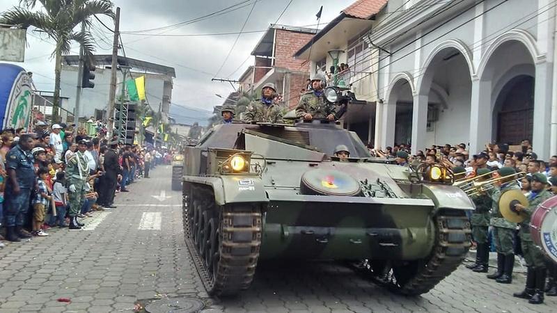 Armée Equatorienne/Fuerzas Armadas del Ecuador - Page 5 21211