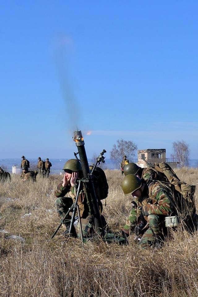 Forces armées moldaves - Page 2 21220