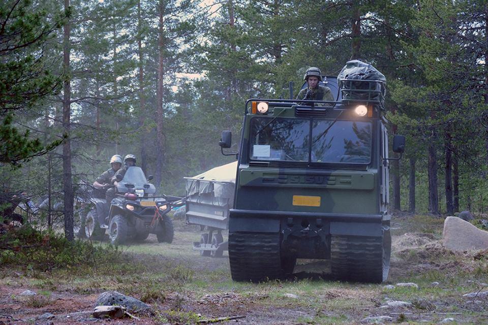 Armée Finlandaise / Finnish Defence Forces / puolustusvoimat - Page 9 2138