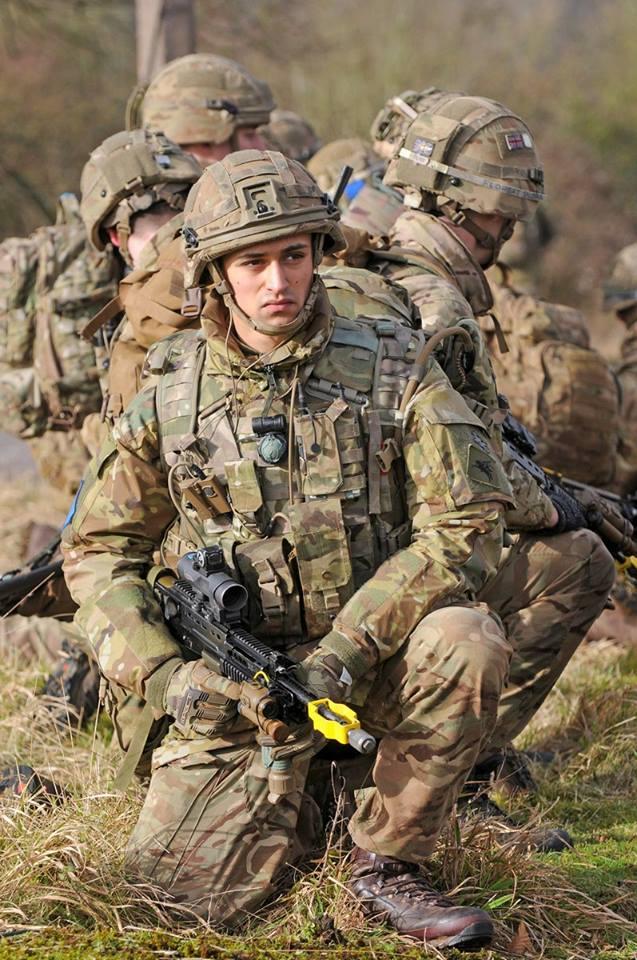 Armée Britannique/British Armed Forces - Page 8 21521