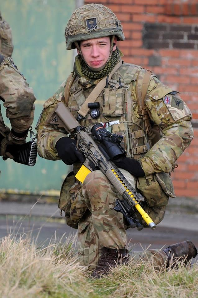 Armée Britannique/British Armed Forces - Page 8 21616