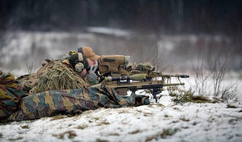 Armée Belge / Defensie van België / Belgian Army  - Page 14 21622