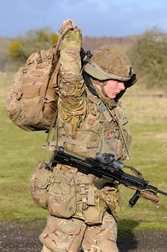 Armée Britannique/British Armed Forces - Page 8 21816