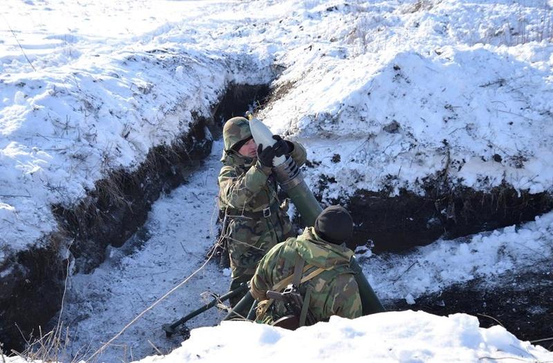 Forces armées moldaves - Page 2 22010