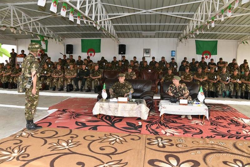Armée Algérienne (ANP) - Tome XIV - Page 14 2238