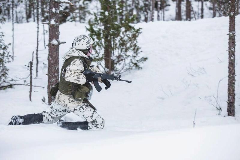 Armée Finlandaise / Finnish Defence Forces / puolustusvoimat - Page 9 22721