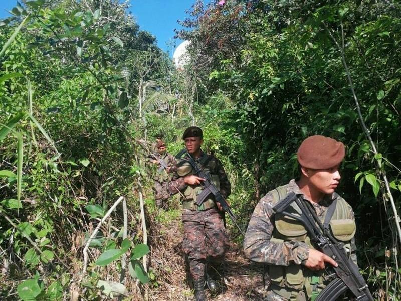 Les forces armées du Guatemala / Military of Guatemala / Ejército de Guatemala 23037