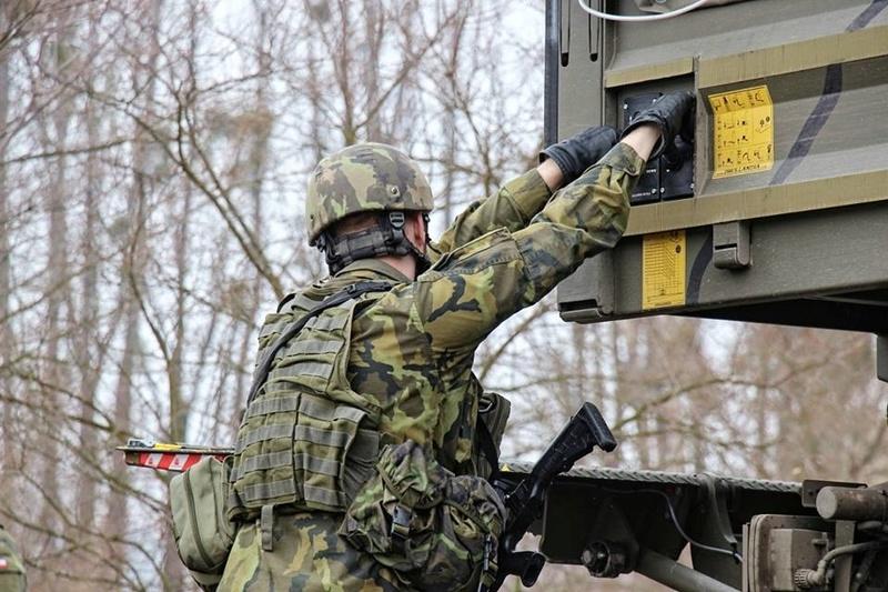 Armée tchèque/Czech Armed Forces - Page 10 23118