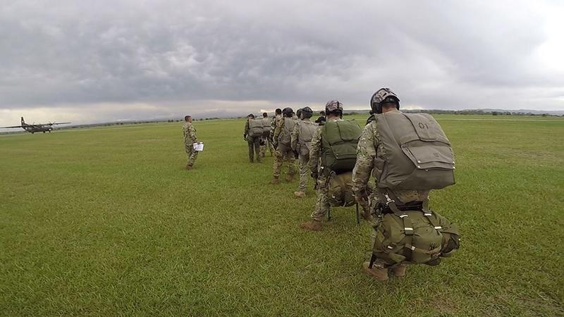 Armée argentine/Fuerzas Armadas de la Republica Argentina - Page 17 23257