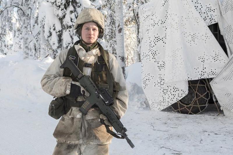 Swedish Armed Forces/Försvarsmakten - Page 13 23644