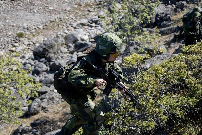 Swedish Armed Forces/Försvarsmakten - Page 13 2368
