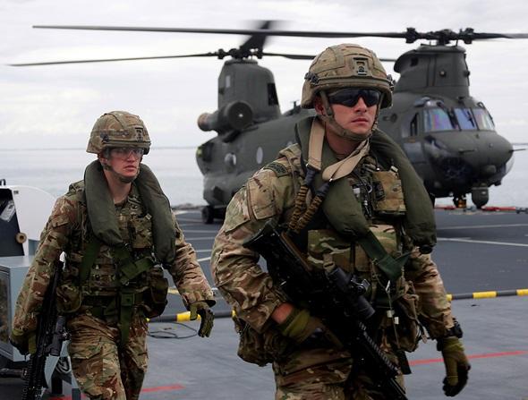 Armée Britannique/British Armed Forces - Page 10 2389