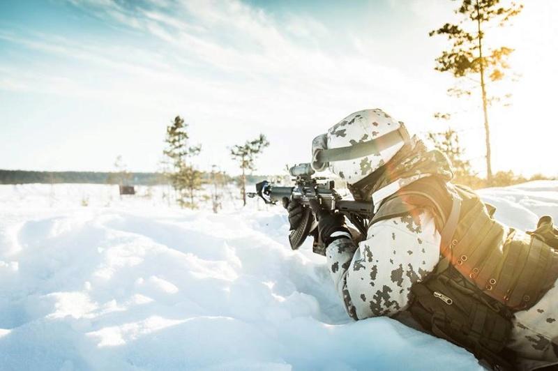 Armée Finlandaise / Finnish Defence Forces / puolustusvoimat - Page 9 23926
