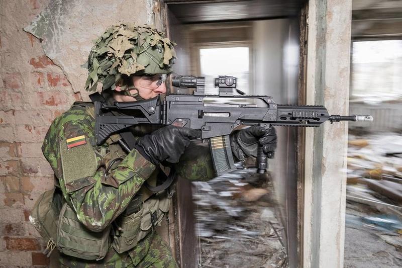 Armée lituanienne/Lithuanian Armed Forces - Page 6 24038