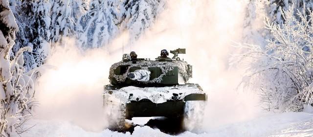 Armée norvegienne/Norwegian Armed Forces - Page 12 24049