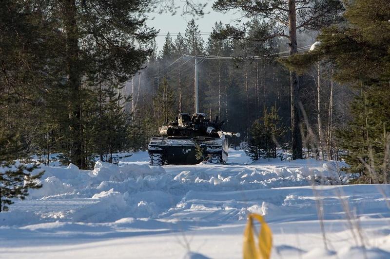 Swedish Armed Forces/Försvarsmakten - Page 13 24149