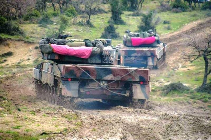 Forces armées grecques/Hellenic Armed Forces - Page 28 24452