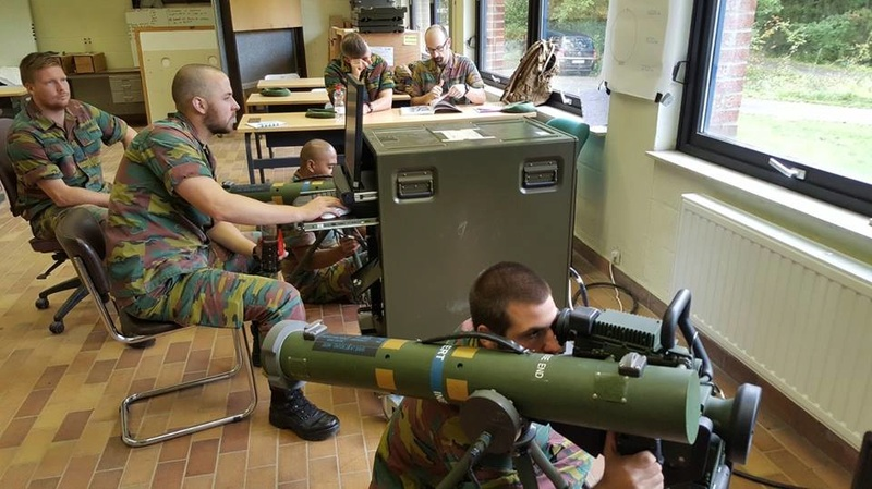 Armée Belge / Defensie van België / Belgian Army  - Page 13 2511