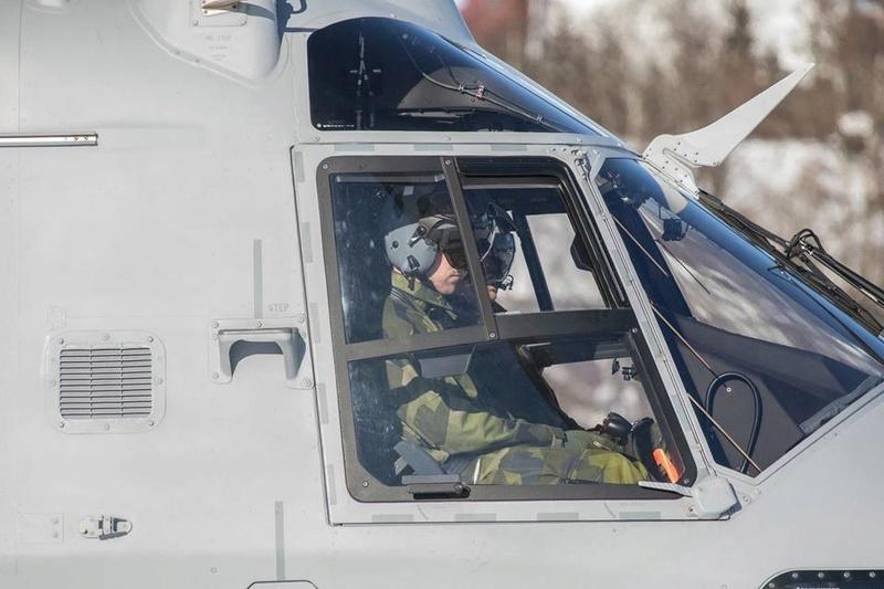 Swedish Armed Forces/Försvarsmakten - Page 13 25112